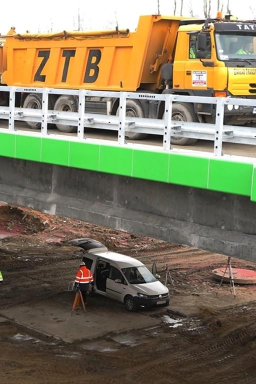 Próba obciążeniowa nowego wiaduktu - Zdjęcie główne