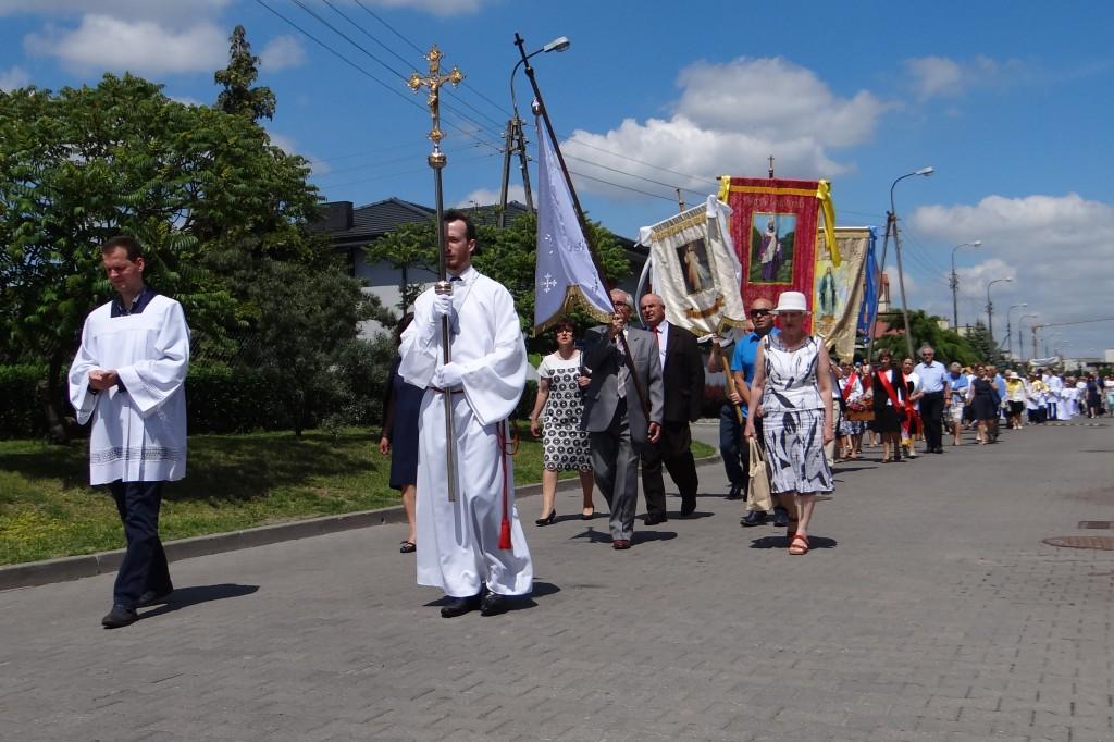 Procesja w parafii św. Wojciecha - Zdjęcie główne