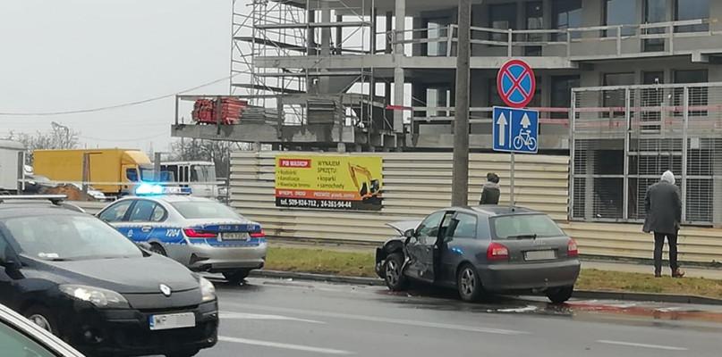 Zderzenie samochodów na Podolszycach [FOTO] - Zdjęcie główne