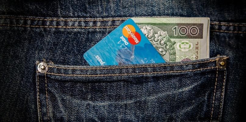 Pożyczki krótkoterminowe - na co zwracać uwagę? - Zdjęcie główne