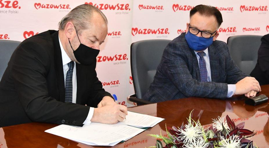 Pieniądze z Mazowsza dla Podkarpacia. 200 tys. zł na remont drogi - Zdjęcie główne