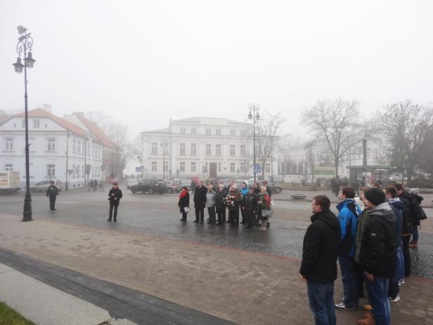 W onucach szli do Płocka po lodzie [FOTO] - Zdjęcie główne