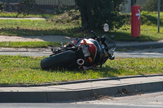 Dwa wypadki w niedzielę. Są ranni - Zdjęcie główne