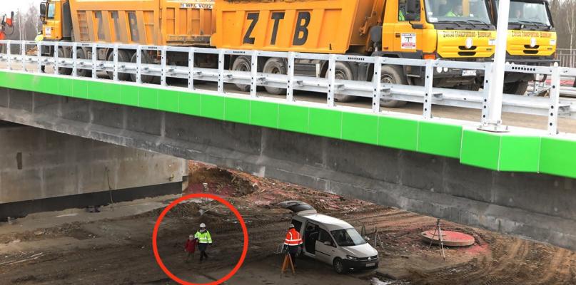 Niebezpieczna sytuacja na budowie. Dziecko pod testowanym wiaduktem - Zdjęcie główne