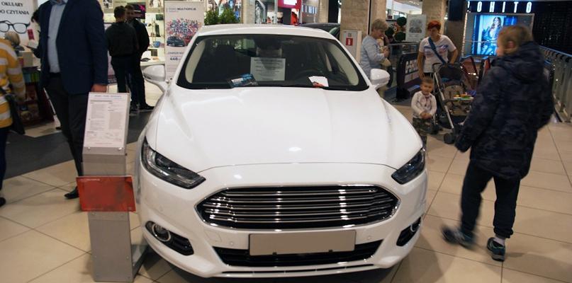 Wiemy już, ile na razie Ratusz wyda na nowe auta służbowe - Zdjęcie główne