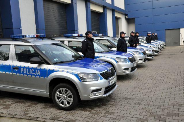 Nowe auta dla policji. Za milion zł [FOTO] - Zdjęcie główne
