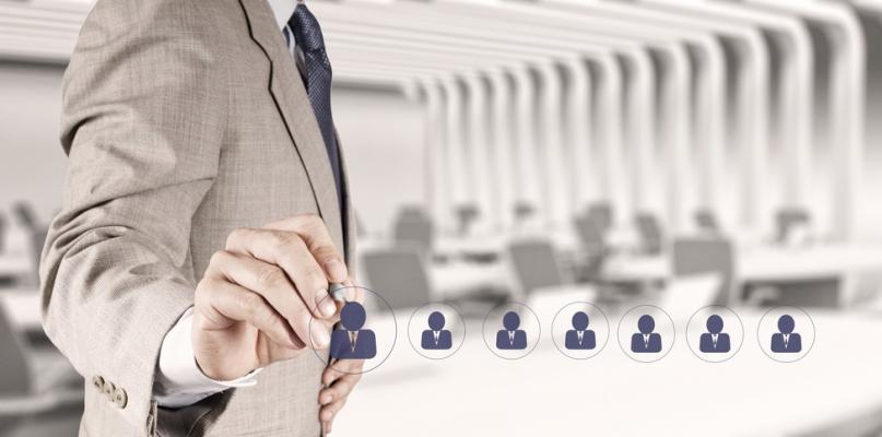 Korzyści wynikające z wdrożenia systemu CRM w firmie - Zdjęcie główne