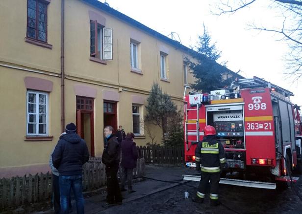 Płomienie w bloku w Borowiczkach [FOTO] - Zdjęcie główne