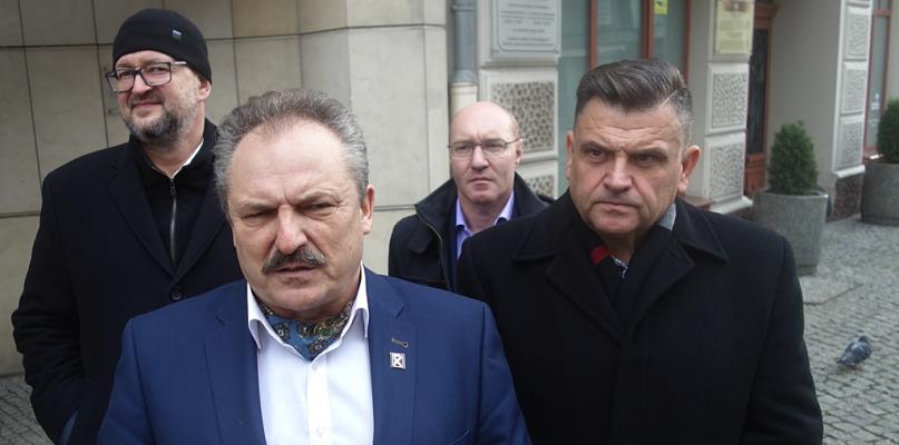 Poseł Marek Jakubiak: My w tym cyrku nie chcemy brać udziału - Zdjęcie główne