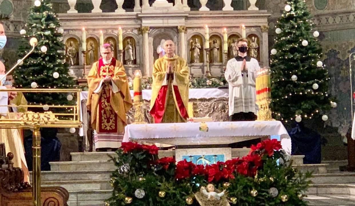 Biskup płocki: Noc. Kolejna noc nad światem. W katedrze odbyła się uroczysta pasterka - Zdjęcie główne