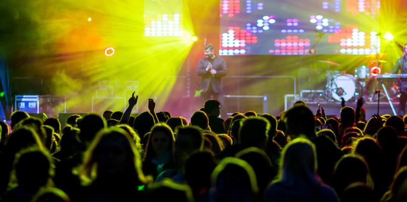 Juwenalia. Koncertowe szaleństwo na scenie i tańce na trawie [FOTO] - Zdjęcie główne