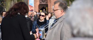 Trwa akcja Ratujmy Płockie Powązki. Płocczanie są niesamowici - Zdjęcie główne