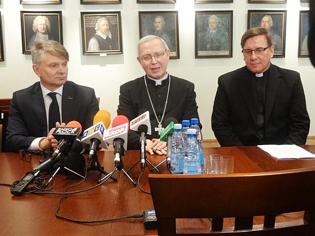 Setki tysięcy na renowację kaplicy [FOTO] - Zdjęcie główne