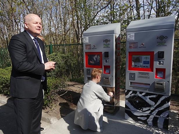 W zoo pojawiły się biletomaty [FOTO] - Zdjęcie główne