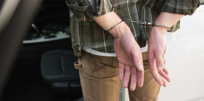 19-latek nie miał pieniędzy, więc chciał się włamać. Grozi mu 10 lat więzienia  - Zdjęcie główne