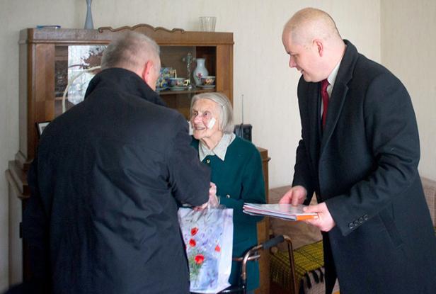 Pani Helena z Płocka skończyła 102 lata - Zdjęcie główne