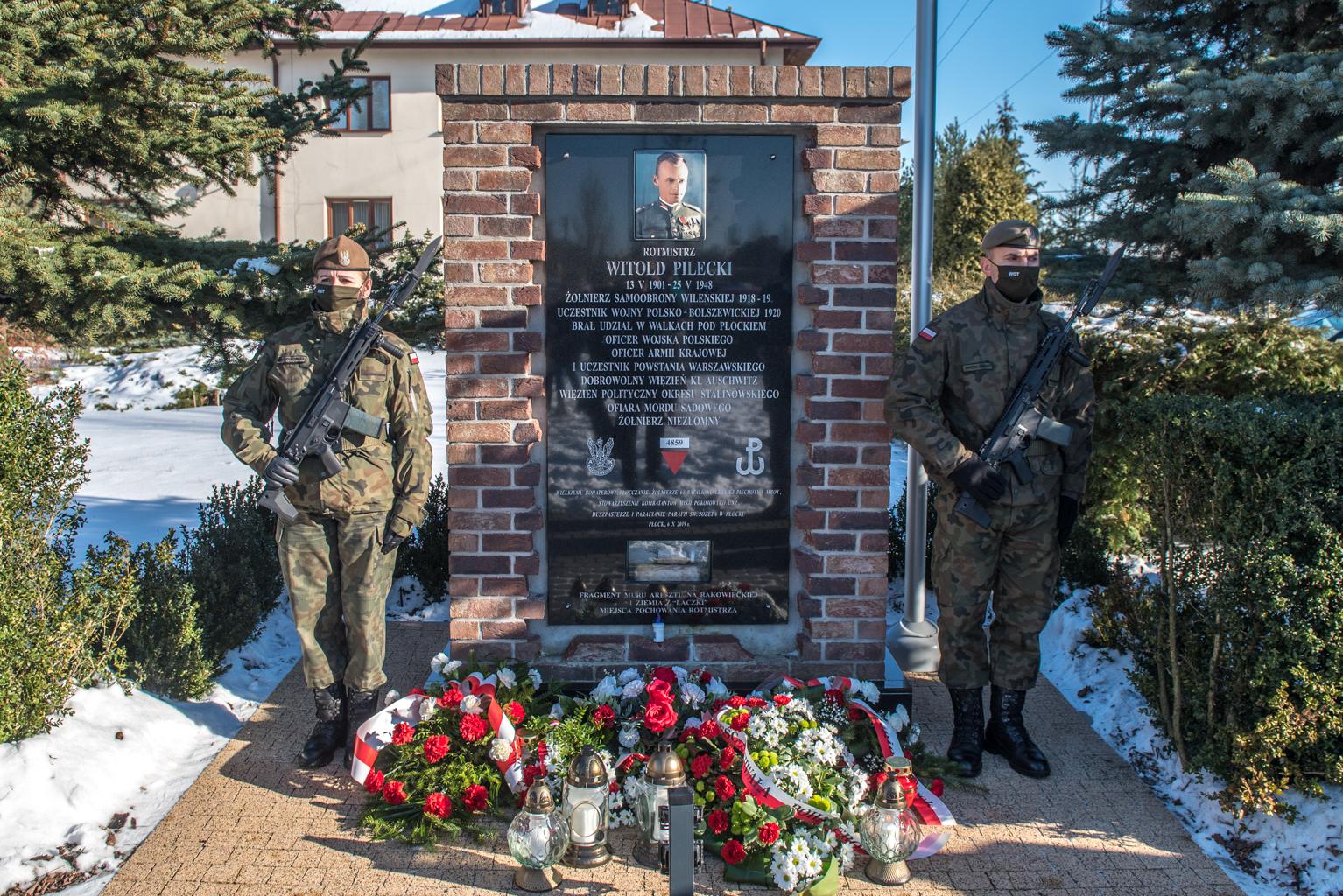 W Płocku uczczono 79. rocznicę powstania Armii Krajowej [FOTO] - Zdjęcie główne