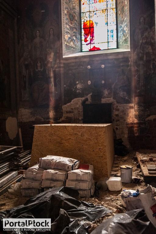 Tajemnicza nisza odkryta w katedrze - Zdjęcie główne