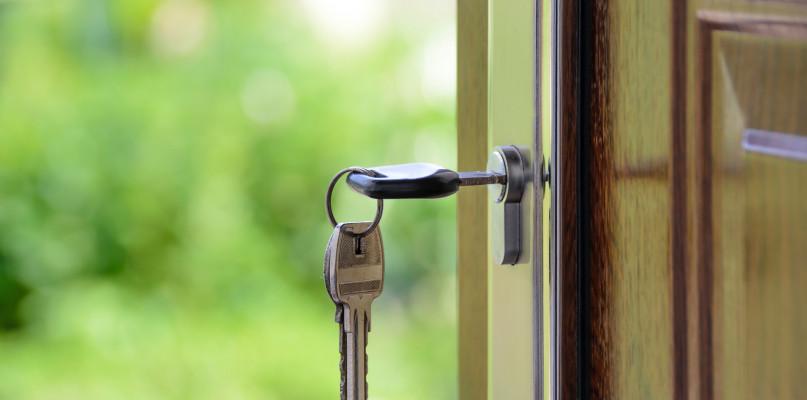 Kupujemy drzwi – o czym nie możesz zapomnieć? - Zdjęcie główne