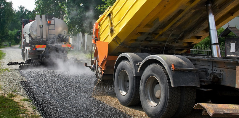 Trwalszy i cichszy asfalt? Trwają badania przy współpracy Orlenu - Zdjęcie główne