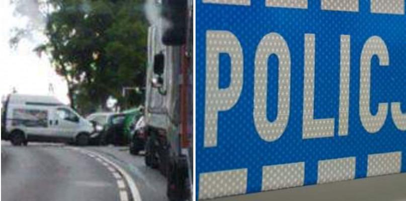 Zderzenie w Słupnie, droga jest zablokowana  - Zdjęcie główne