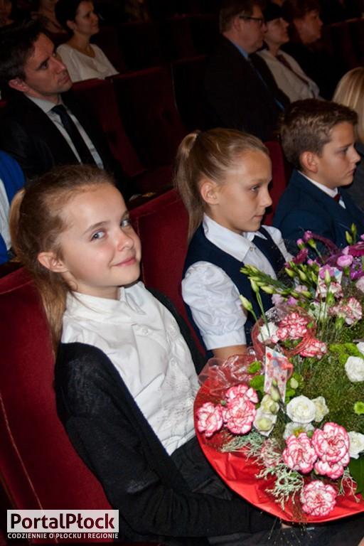 Dzień Edukacji Narodowej w szkole - Zdjęcie główne
