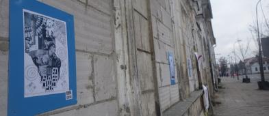 Znikająca wystawa uliczna. Jeszcze kilka prac zostało - Zdjęcie główne