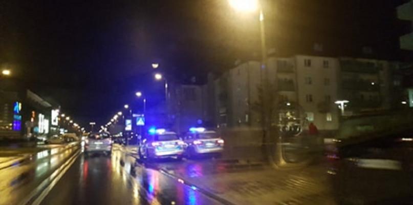 Potrącenie pieszej na Podolszycach. 46-latka w szpitalu  - Zdjęcie główne