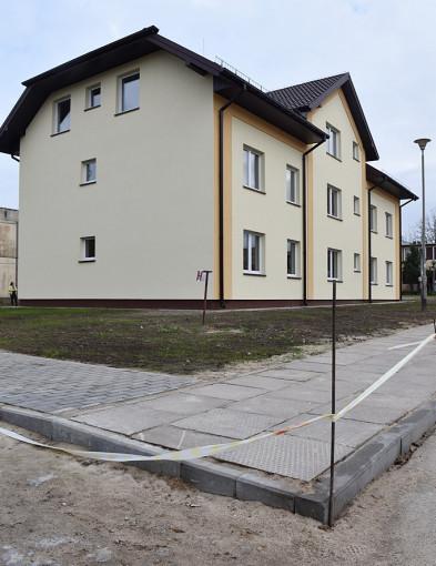 Lokatorzy już z kluczami do nowych mieszkań [FOTO] - Zdjęcie główne