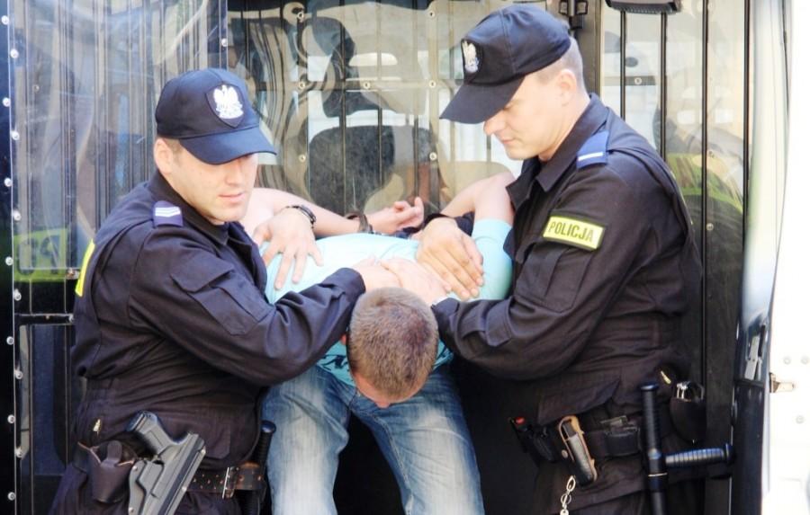 Napad na taksówkarza na Podolszycach - Zdjęcie główne