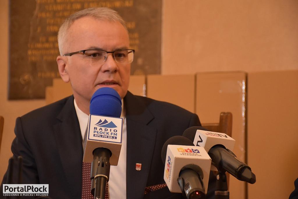 Artur Jaroszewski odpiera zarzuty o utajnienie wyniku konsultacji  - Zdjęcie główne
