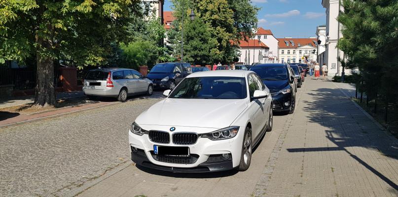 Mandaty się sypią. Wciąż mamy problemy z parkowaniem na starówce - Zdjęcie główne