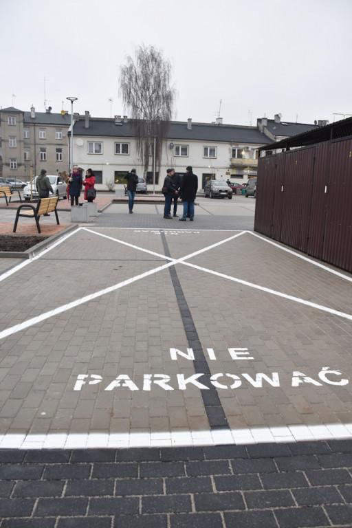 Nowy parking na niemal 100 aut w centrum - Zdjęcie główne