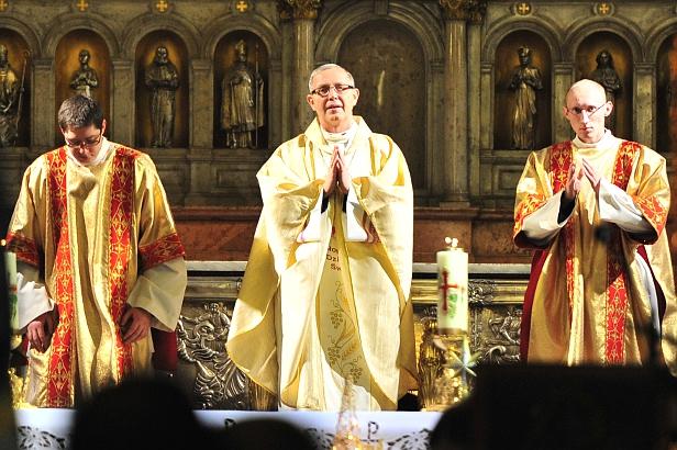 Prymas Polski na zakończeniu synodu - Zdjęcie główne
