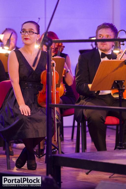 Nat King Cole z płockimi symfonikami - Zdjęcie główne