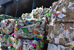 Śmieciowy problem, który kosztuje miliony. Płocczan czeka podwyżka? - Zdjęcie główne