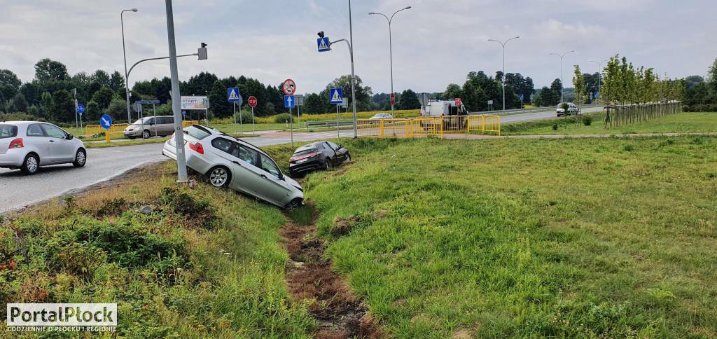 Wypadek na rondzie - Zdjęcie główne