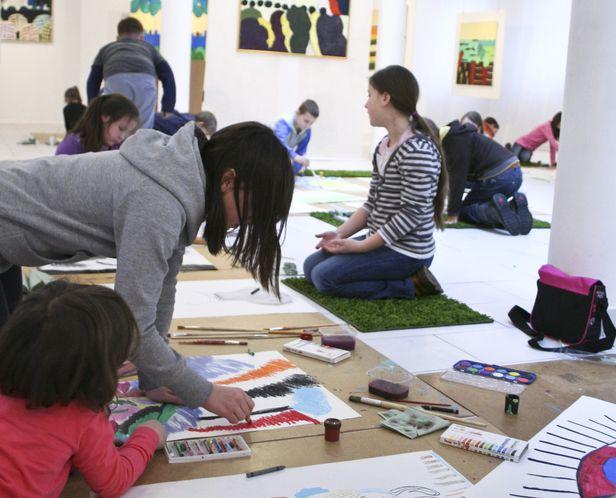 Galeria uczy malarstwa i fotografowania - Zdjęcie główne