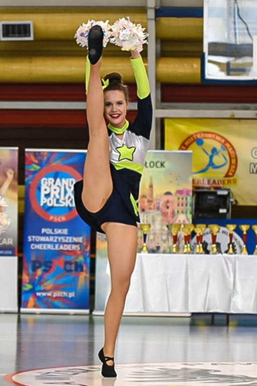 Taniec, pasja, energia. Cheerleaderki pokazały klasę - Zdjęcie główne