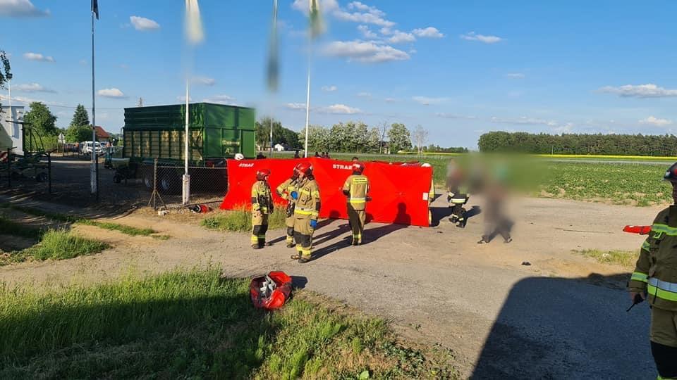 Wypadek niedaleko Płocka. Motocyklista zginął na miejscu [ZDJĘCIA] - Zdjęcie główne