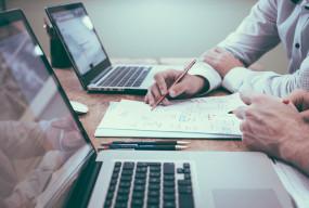 Jak reklamować biznes w sieci – 5 praktycznych porad - Zdjęcie główne