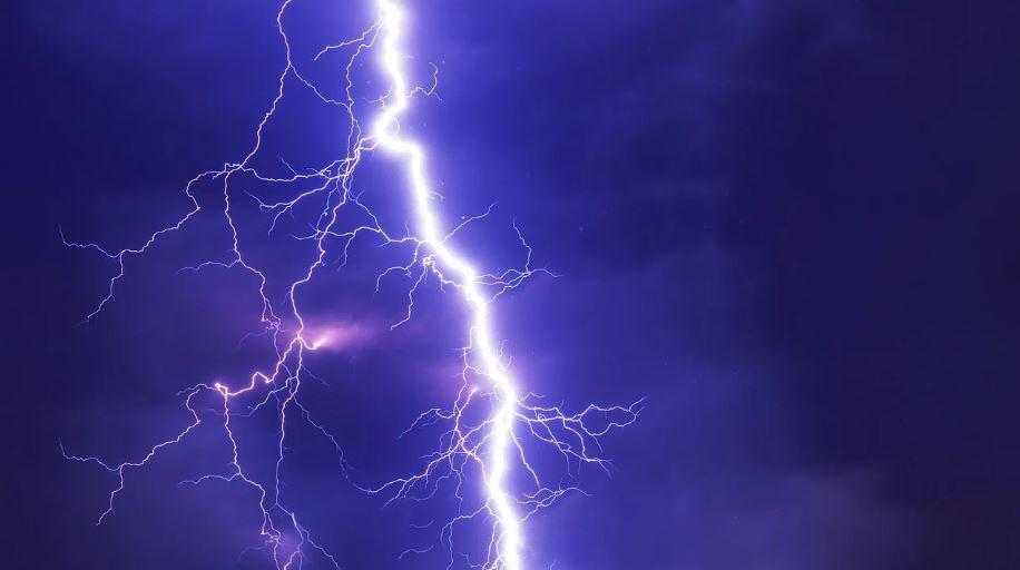IMGW ostrzega: nastąpi pogorszenie pogody. Prognozowana burza i grad - Zdjęcie główne