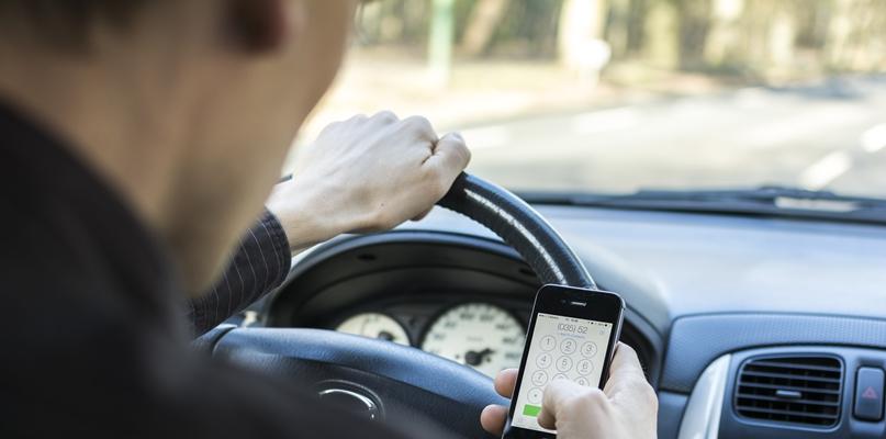 Urzędnicy nierówno traktowani w dostępie do... służbowego auta?  - Zdjęcie główne