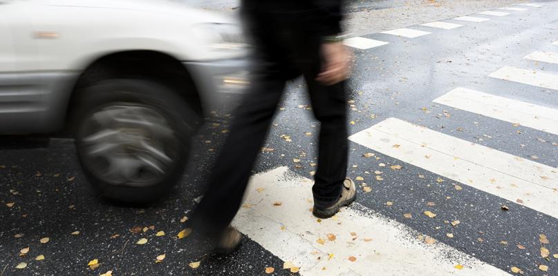 Wypadek na Podolszycach. Kobieta potrącona na pasach - Zdjęcie główne