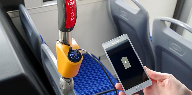Nowy autobus z ładowarkami USB [FOTO] - Zdjęcie główne
