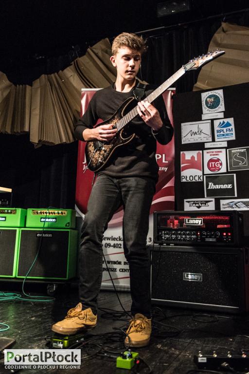 Gitarzysta TSA wręczył złote struny w Płocku - Zdjęcie główne
