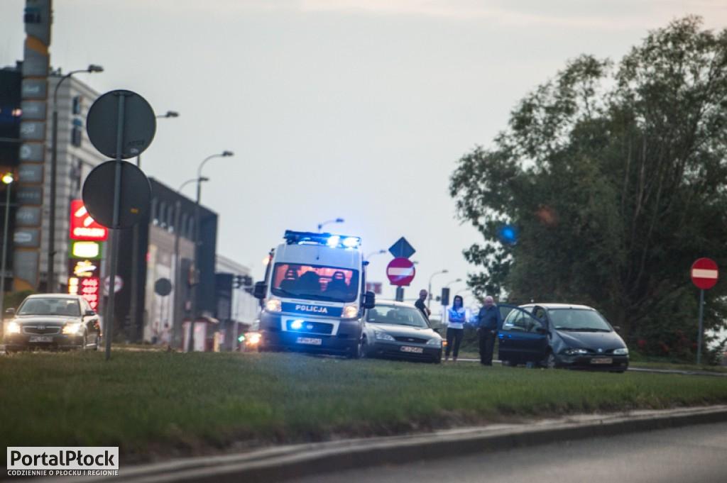Kolizja na Wyszogrodzkiej - Zdjęcie główne