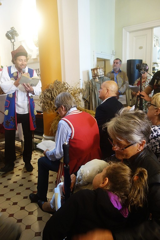 Narodowe Czytanie z weselnikami - Zdjęcie główne