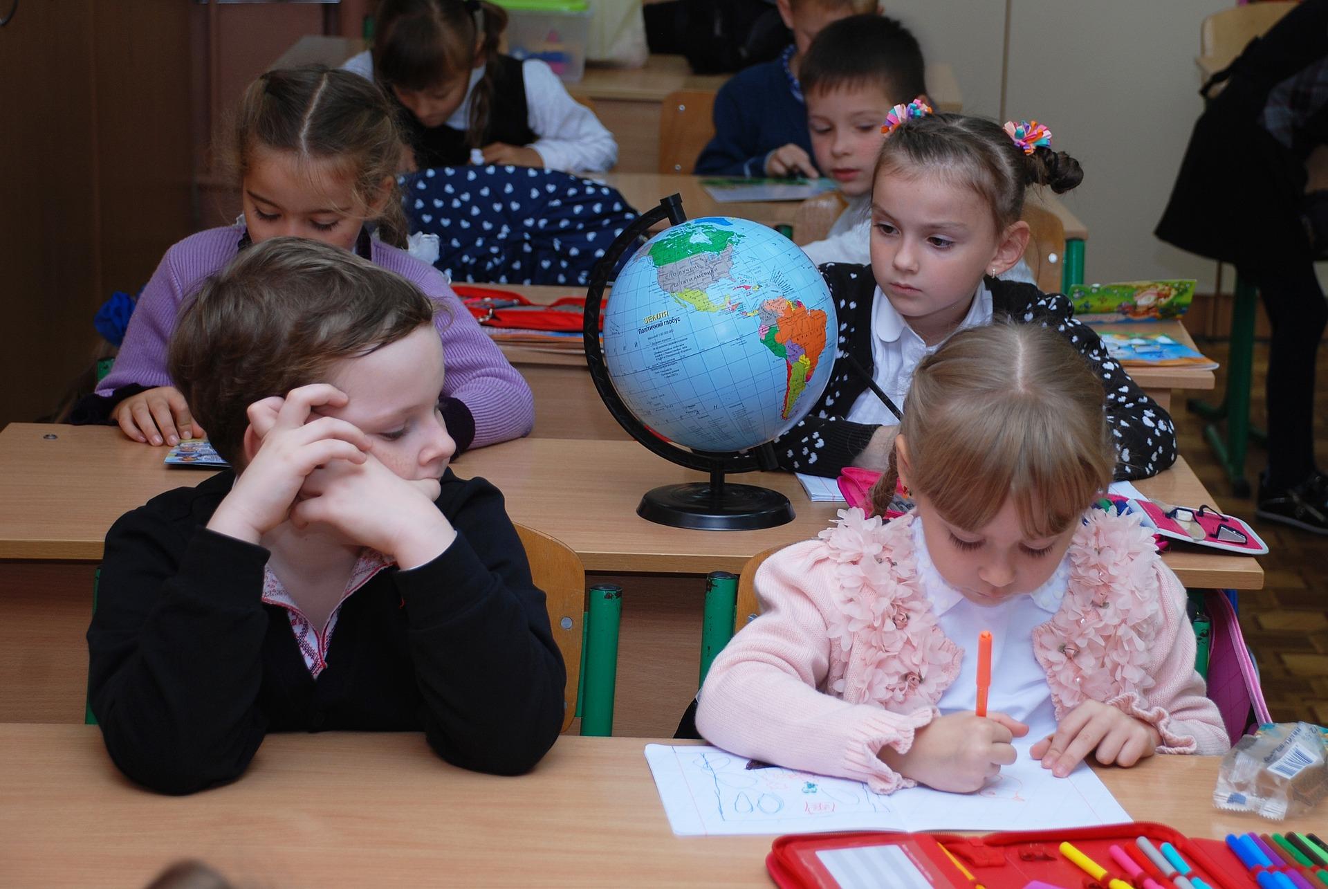Powrót do szkoły to wyzwanie dla wszystkich. - Im więcej stresu, tym mniej efektywnej nauki - Zdjęcie główne