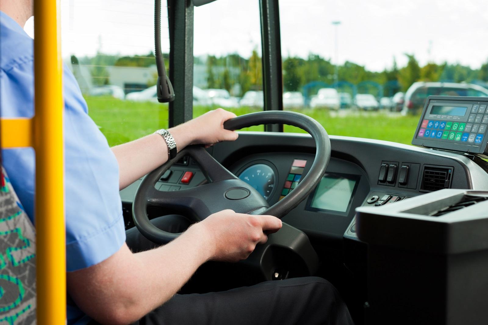 Zaszczepieni pracownicy Komunikacji Miejskiej mogą liczyć na bonus  - Zdjęcie główne